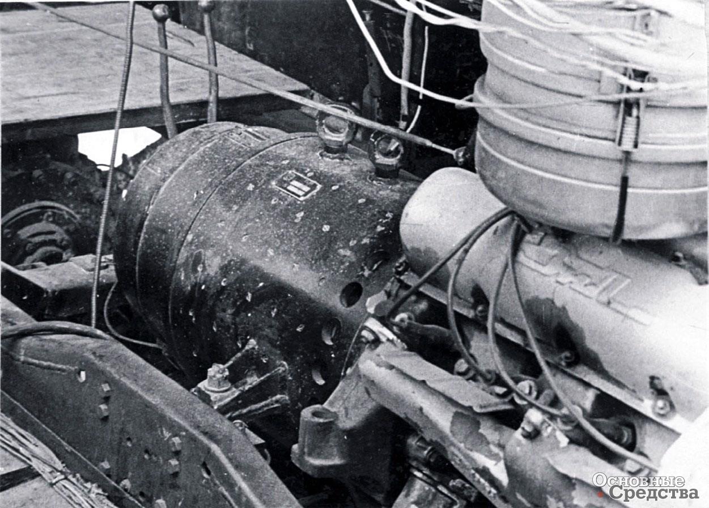 Двигатель ЗИЛ-375 с генератором ГЭТ-120