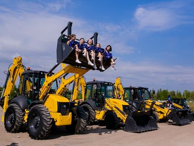 В Уфе презентовали технику New Holland